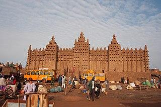 Djenné Commune and town in Mopti Region, Mali
