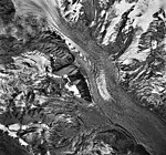 Mount Spurr, unnamed mountain glacier, hanging glaciers with icefall and bergschrund, September 22, 1992 (GLACIERS 6891).jpg