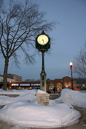 Mount Kisco (Metro-North station) - The clock at the Mount Kisco MNR Train Station.
