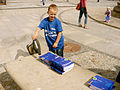 Nawet najmłodsi pomagali podczas Błękitnej Soboty (6115087893).jpg
