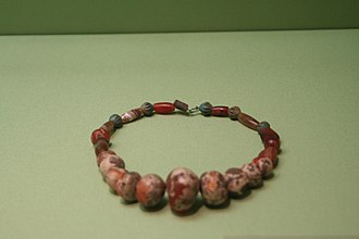 Khojaly–Gadabay culture - Image: Necklace from Khojaly in Hermitage