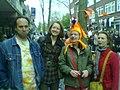 Nederlandse feestvierders op de Boekhorststraat Den Haag (30 april 2008).jpg