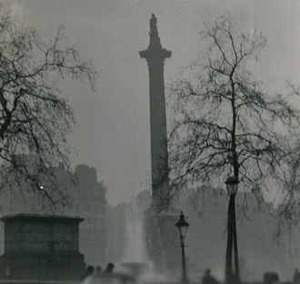 Great Smog of London - Nelson's Column during the Great Smog of 1952