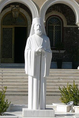Makarios III - A statue of Makarios.