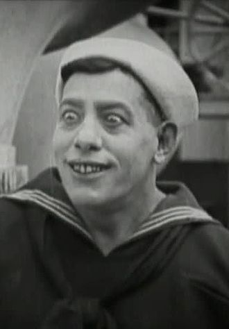 Noah Young - Young in A Sailor-Made Man (1921)
