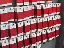 Série d'échantillons de différents rouges