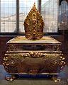 O. tischmacher, urna processionale di s. vigilio, bolzano 1632, con fregi e mitria di g.i. pruchmayer, trento 1760 ca., argento smalti, pietre, dal duomo di tn 02.jpg