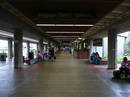 OGG - kahului airport, maui (2141007941)