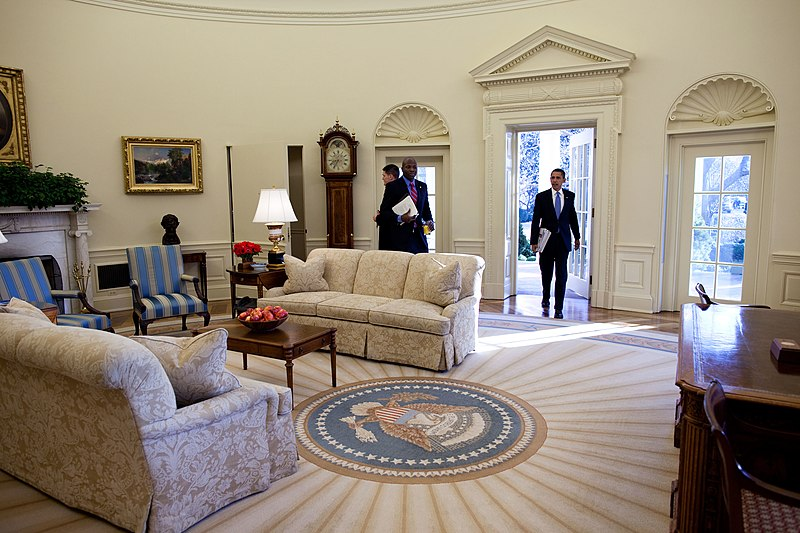 barack obama first enters in the oval office as president of the united states for fileobama oval officejpg