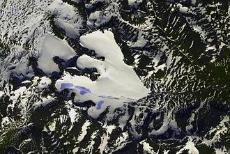 Sarek National Park - Pårte with its characteristic glaciers
