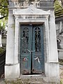Père-Lachaise, Tried to escape (10153291054).jpg