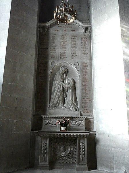 File:Périgueux Saint-Front mémorial.JPG