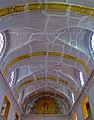 P1270782 Paris III cathedrale Sainte-Croix nef rwk.jpg