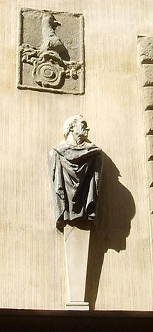Erme di Vespucci sul Palazzo dei Visacci, Firenze