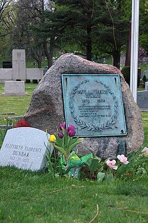 Paul Laurence Dunbar - Dunbar grave site at Woodland Cemetery