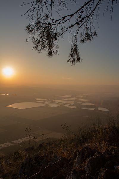 זריחה בעמק יזרעאל
