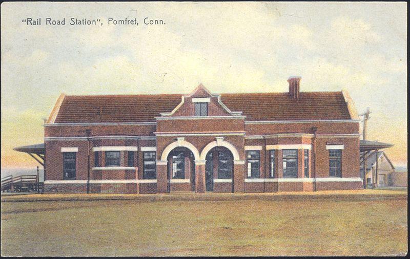 File:Pomfret station 1910 postcard.jpg