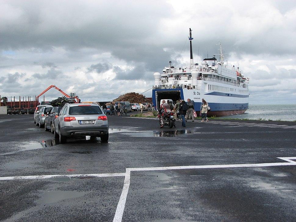 Port of Heltermaa 2