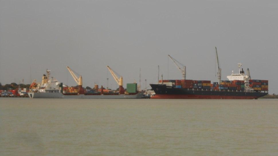 Porto de Bissau 01