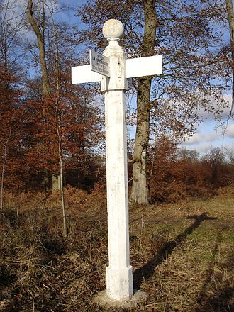 Forest of Compiègne - Signpost in the Compiègne forest