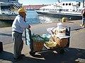 Pouliční prodavač - 08 - panoramio.jpg