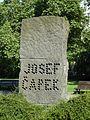 Prago, Čapek-monumento, Josef, 4.jpeg