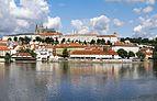 Prague Castle from Alsovo nabrezi.jpg