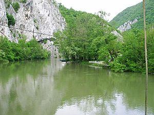 West Morava - Image: Prurva Zapadni Moravy v Ovcarsko kablarske klisure