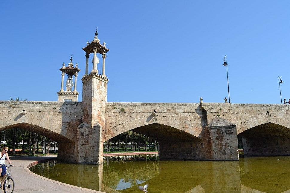 Puente del Mar - Templetes 03
