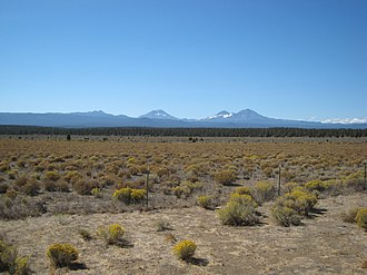 Eastern Cascades Slopes and Foothills (ecoregion) - The Pumice Plateau, looking west toward the Cascade Volcanoes