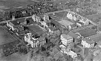 Higher education in Ontario - Aerial photo of Queen's University in 1919