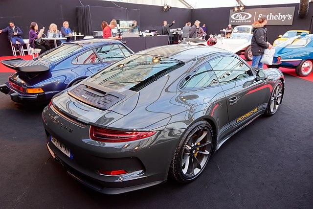 Porsche 911 R (991.1)
