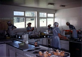 Home economics - A training class 1985 at Wittgenstein Reifenstein schools