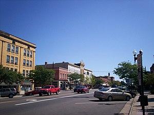 Ravenna, Ohio - Downtown Ravenna along Main Street in 2009
