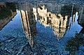 Reflejo Catedral de Toledo en Fuente Tres Aguas -- 2014 -- Toledo, España 06.JPG