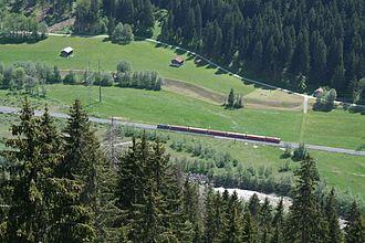 Reichenau-Tamins–Disentis/Mustér railway - A train below Waltensburg