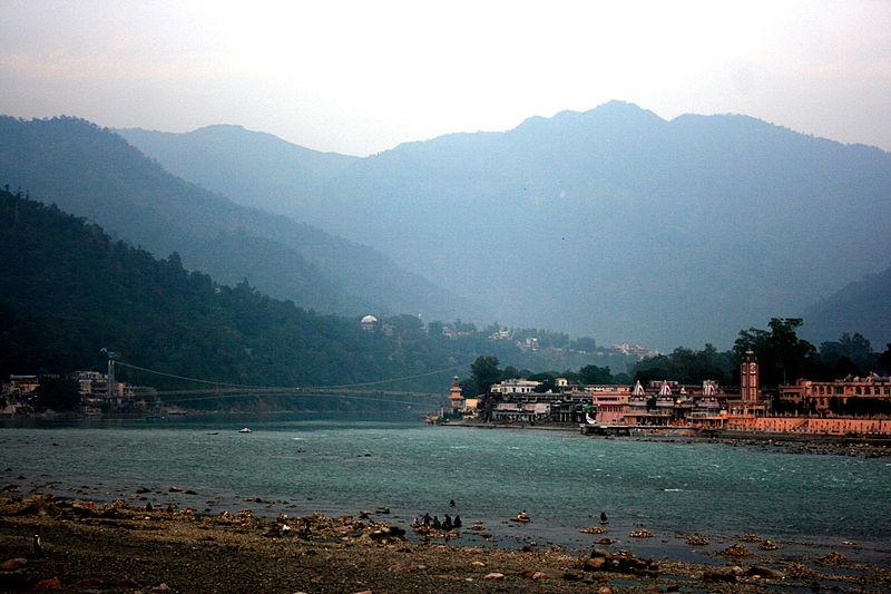 File:Rishikesh Ghat and Ram Jhulla.jpg