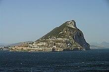 El Peñón de Gibraltar, visto desde el mar