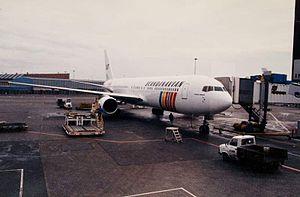SAS Scandinavian Airlines Boeing 767-300ER Copenhagen Airport (1989).jpg
