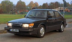Saab 900 I przed face liftingiem
