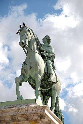 Danish sculpture - Equestrian bronze statue of King Frederik V created in Neoclassical style by Jacques Saly in 1768