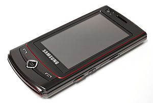 Photograph of front of Samsung Tocco Ultra S8300.