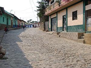 San Ignacio, Chalatenango - A street in San Ignacio town