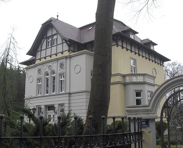 Villa Tenge