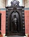 Schlosskirche Wittenberg - Monumente 16 Friedrich III von Sachsen.jpg