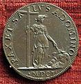Scuola romana, medaglia di clemente VIII, 1601, pace che brucia le armi.JPG