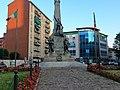 Sesto San Giovanni, Piazza della repubblica, monumento ai caduti.jpg