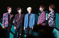 Shinee at the SHINee World Concert III in Taiwan.jpg