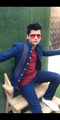 Siddharth Nigam giving pose for fans at Delhi Fansign 2019.png