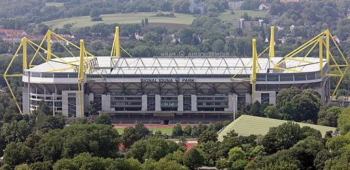 Signal Iduna Park new sign